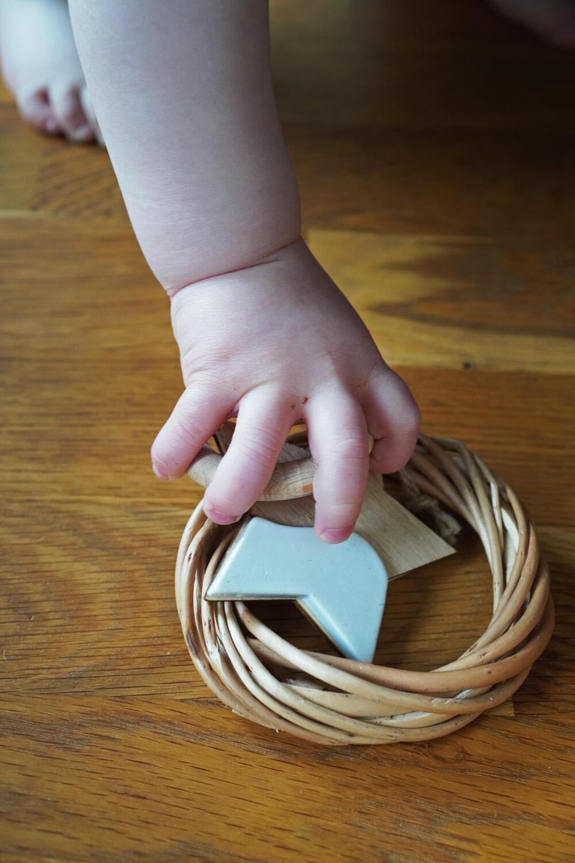 Kleinkind Hand Spielzeug