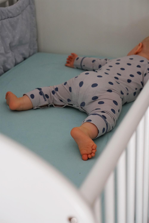Babybett Kinderbett