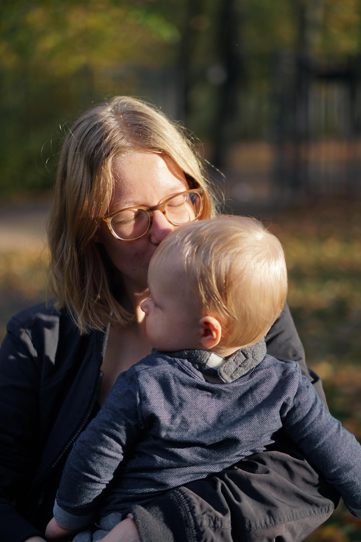 Kindergarten Kita Eingewöhnung Mama und Baby Abschied Tränen