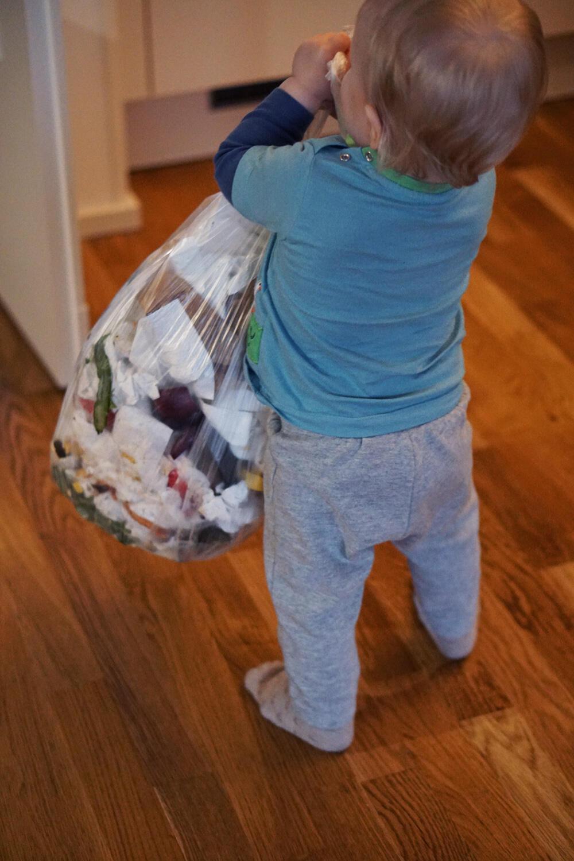 Alltag mit Kind Unser Alltag ist ihre Kindheit Haushalt Kleinkind Müll
