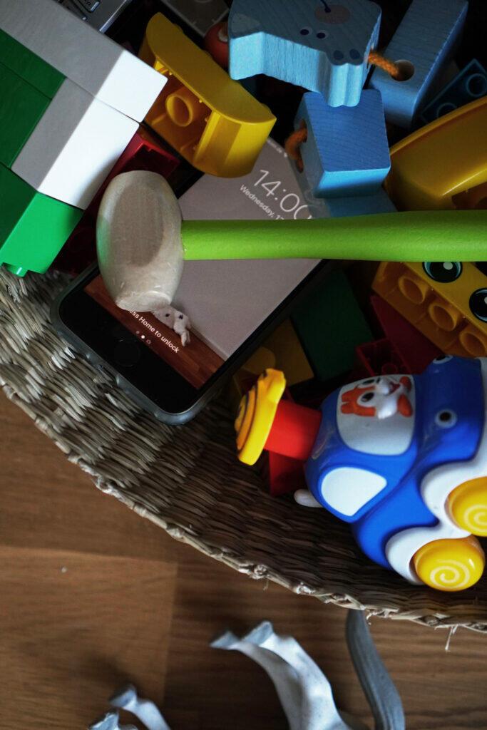 Spielzeugkorb Handy Telefon Spielzeug