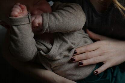 Mutterschaft Muttertag Mama Mamasein Mama und Baby