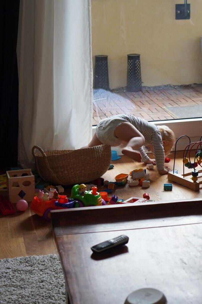 Kleinkind Korb Spielekorb Spielzeug Wohnzimmer