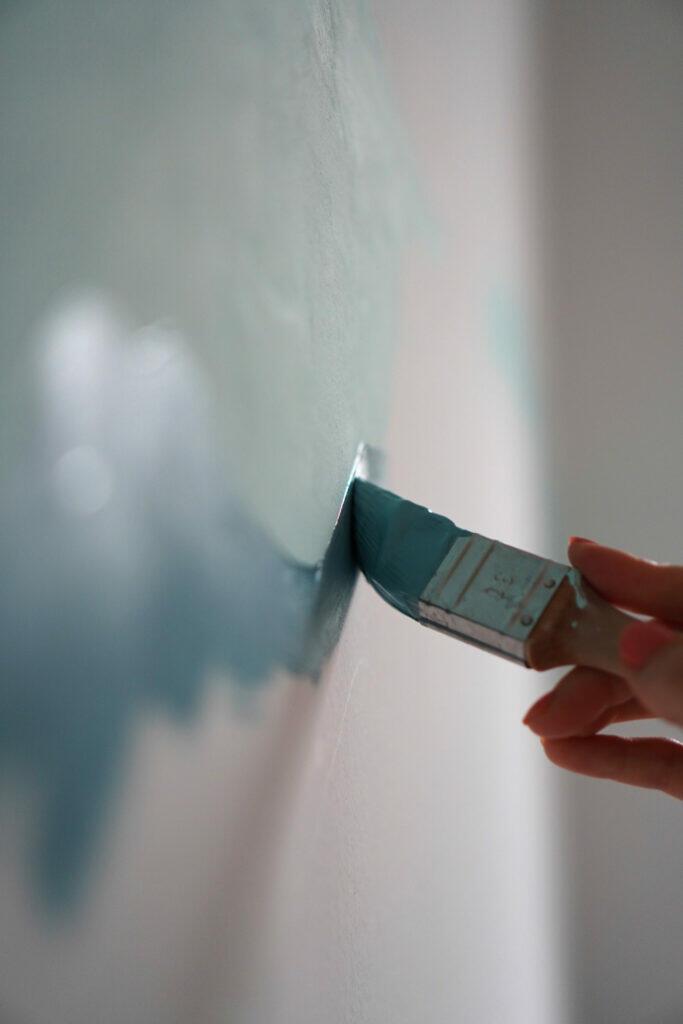 Streichen Farbe Blau Wand Pinsel Nahaufnahme