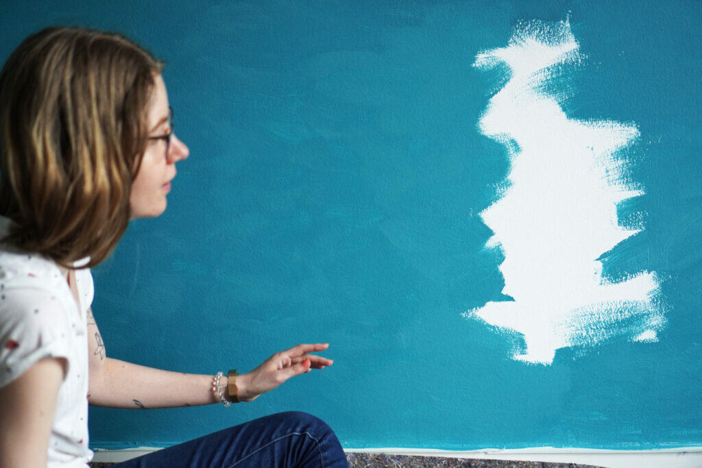 Streichen Farbe Blau Mama Wand