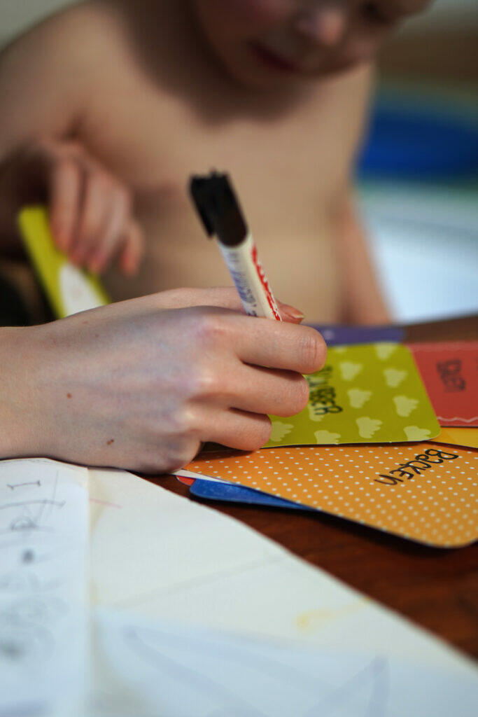 Coronaferien Kleinkind Aktivitäten Ideen  Planung Aktivitätskarten Home Office
