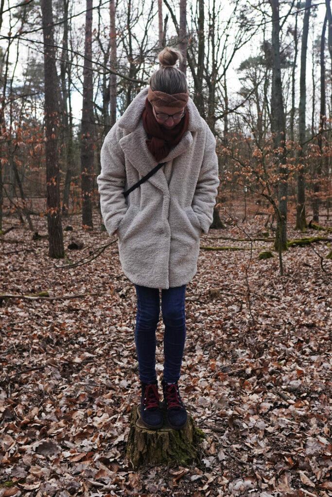 Baumstumpf Wald Mama Frau