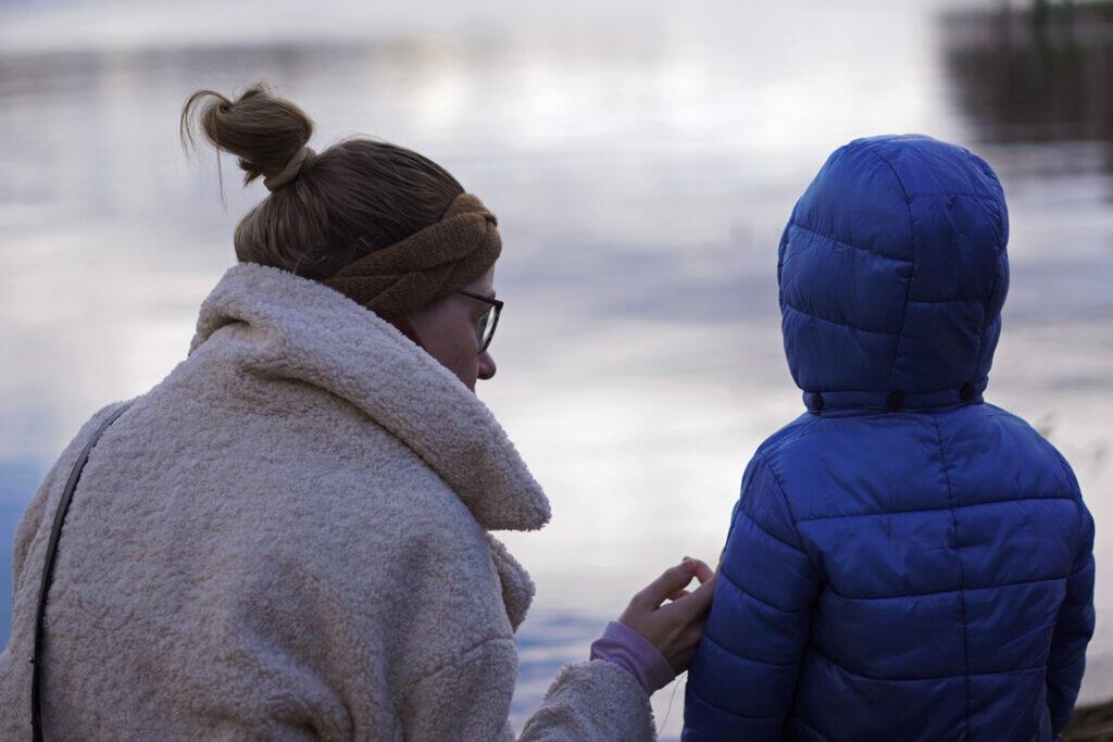 Mama und Kleinkind Havel Ausflug Berlin Coronaferien